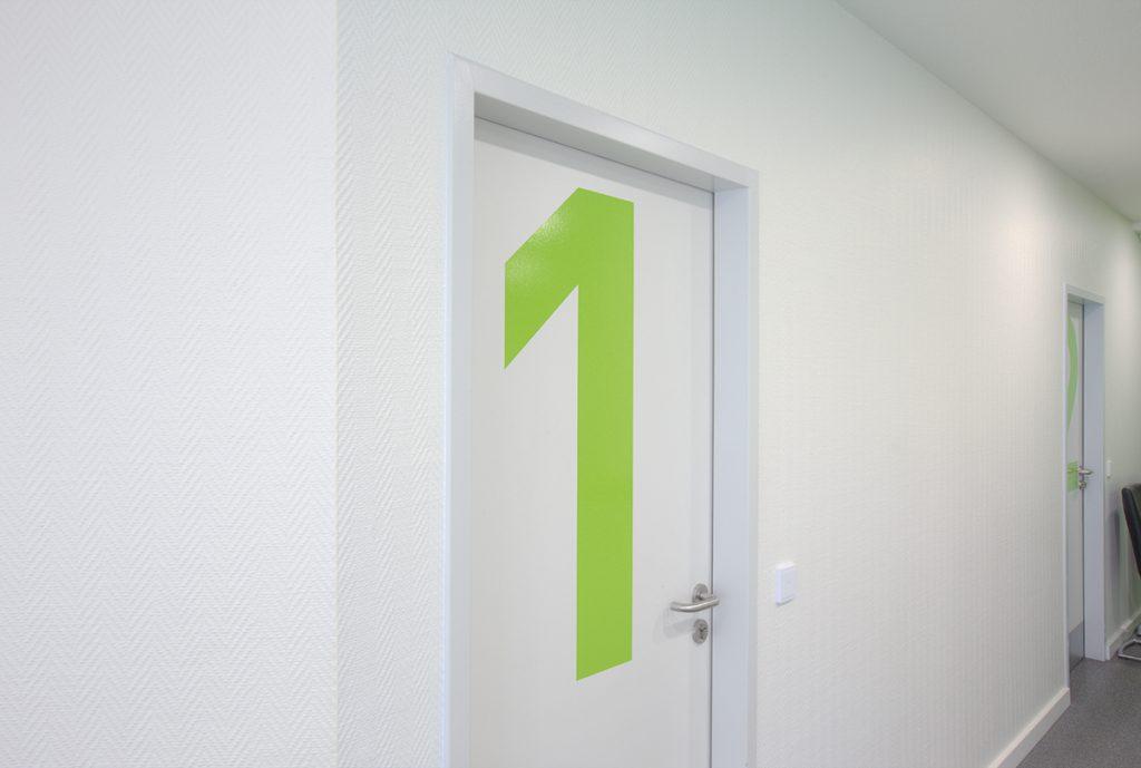 Orthopädie-Praxis Türen