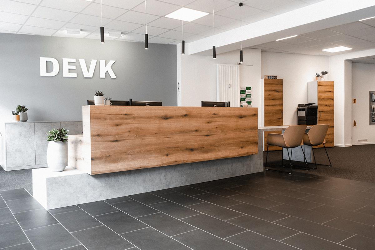 Büroeinrichtung & Interior Design für eine DEVK-Geschäftsstelle